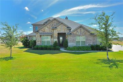 Fort Worth Single Family Home For Sale: 105 Legacy Downs Drive