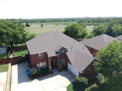 Rowlett Single Family Home For Sale: 6610 Creek Bend