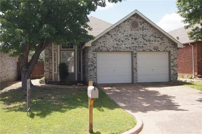 North Richland Hills Single Family Home For Sale: 6920 Cheswick Drive