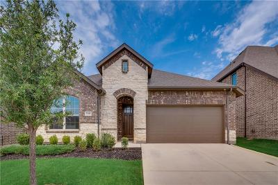 Fort Worth Single Family Home For Sale: 15448 Bluffdale Drive