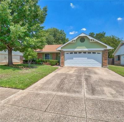 Haltom City Single Family Home For Sale: 5905 Cimarron Trail