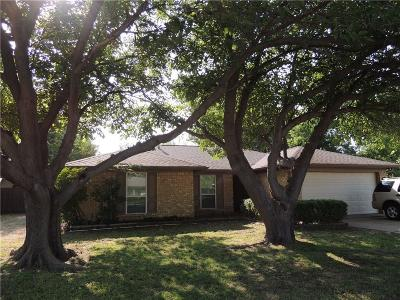 Keller Single Family Home For Sale: 308 Cheyenne Trail