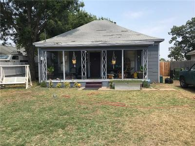 Arlington Single Family Home For Sale: 311 Orange Street