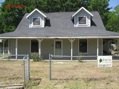 Malakoff Single Family Home For Sale: 218 Harris Boulevard