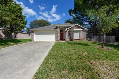 Lake Dallas Single Family Home For Sale: 726 Texas Oak Trail