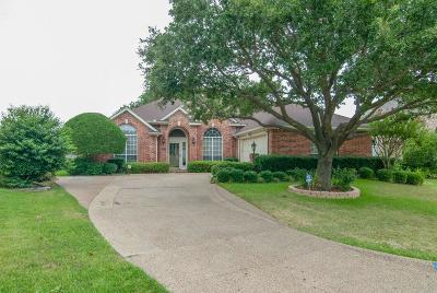 Arlington Single Family Home For Sale: 2412 N Hunter Place Lane