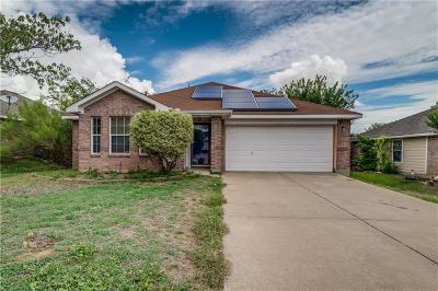 Burleson Single Family Home For Sale: 1032 Rock Springs Drive
