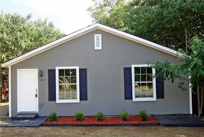Denton Single Family Home For Sale: 1012 E Hickory Street