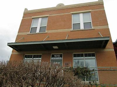 Residential Lease For Lease: 1615 W Oleander Street #200