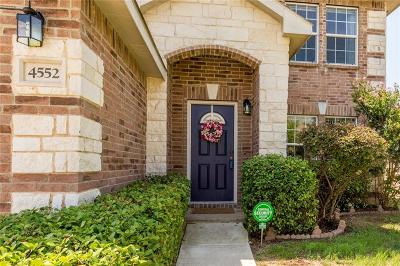 Fort Worth Single Family Home For Sale: 4552 Willow Rock Lane