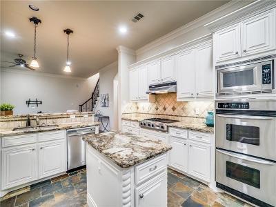 Lakewood Embassy Condos, Lakewood Estates, Lakewood Heights, Lakewood Heights Add, Lakewood Hills, Lakewood North Estates Single Family Home For Sale: 6243 Goliad Avenue