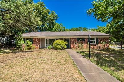 Benbrook Single Family Home For Sale: 3837 Marys Creek Drive