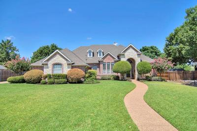 Southlake Single Family Home Active Contingent: 712 Dove Creek Trail