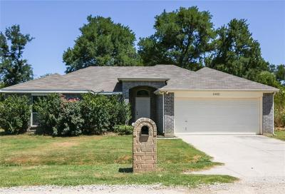 Runaway Bay Single Family Home For Sale: 11022 Shady Oaks Drive