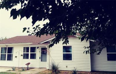 White Settlement Single Family Home For Sale: 8412 Quebec Drive