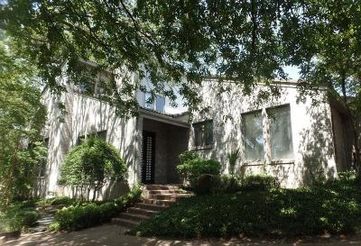Fort Worth Single Family Home Active Contingent: 3537 Briarhaven Road