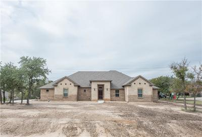 Azle Single Family Home For Sale: 138 Antler Ridge Court