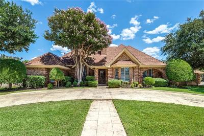Bedford Single Family Home Active Option Contract: 700 Saddlebrook Drive N