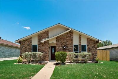 Garland Single Family Home Active Contingent: 3705 Guthrie