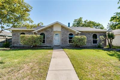 Rowlett Single Family Home Active Option Contract: 5913 Mimosa Lane