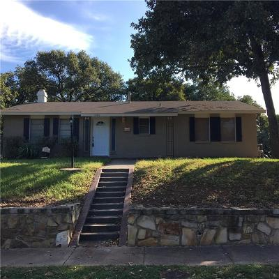 Grapevine Residential Lease For Lease: 1006 N Lucas Drive
