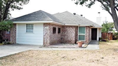 Denton Single Family Home For Sale: 625 Windfields Street