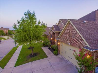 Roanoke Single Family Home For Sale: 445 Brighton Street