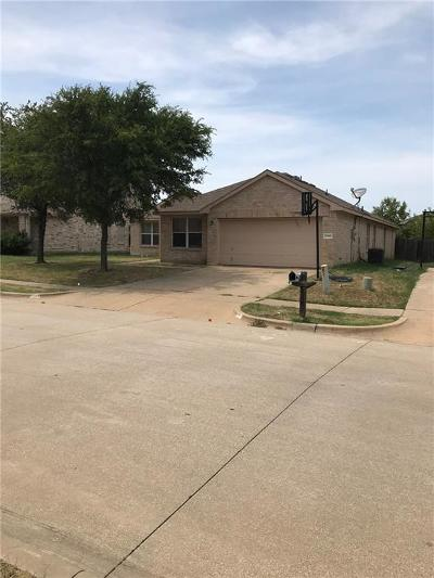 Grand Prairie Single Family Home For Sale: 2140 La Salle Trail