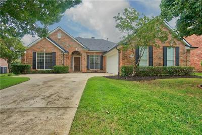 Flower Mound Single Family Home For Sale: 3925 Belstrum Drive