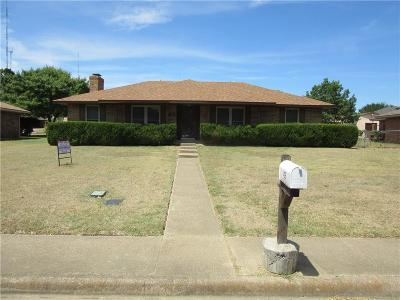 Cedar Hill Single Family Home For Sale: 406 Meadow Ridge Drive