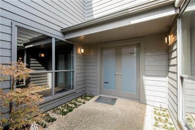 Single Family Home For Sale: 7848 High Oaks Circle
