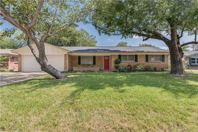 Bedford Single Family Home For Sale: 2152 Shady Grove Drive