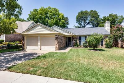 Euless Single Family Home For Sale: 205 Wooddale