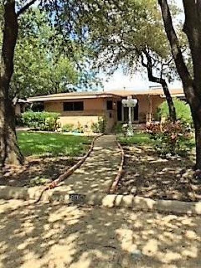 Single Family Home For Sale: 805 Evergreen Hills Road