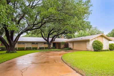 Single Family Home For Sale: 4308 Westlake Drive
