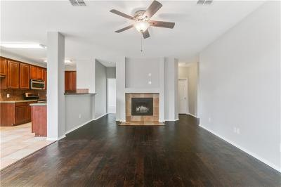 Fort Worth Single Family Home For Sale: 16161 Cowboy Trail
