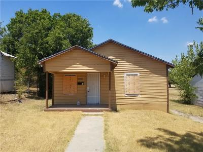 Fort Worth Single Family Home For Sale: 5720 Kilpatrick Avenue