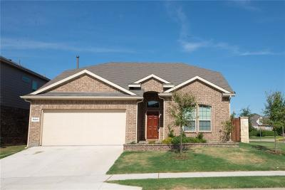 Fort Worth Single Family Home For Sale: 15845 Oak Pointe Drive