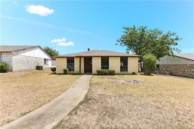 Desoto Single Family Home For Sale: 118 S Young Boulevard