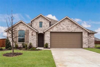 Forney Single Family Home For Sale: 1561 Sugarberry Drive