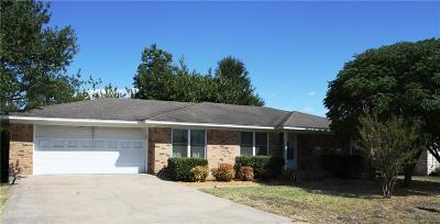 Wills Point Single Family Home Active Option Contract: 817 Terrace Drive