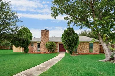 Richardson Single Family Home For Sale: 1602 Fair Oaks Drive