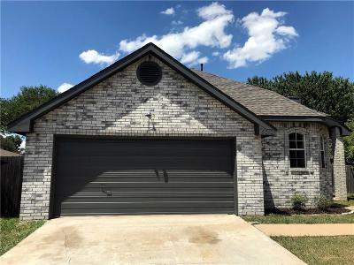 Rowlett Single Family Home For Sale: 6310 Jessica Way