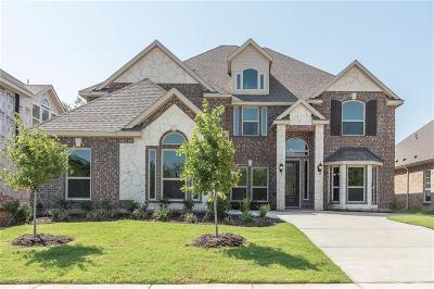 Denton Single Family Home For Sale: 7612 Castle Pines Lane
