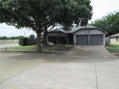 Fort Worth Single Family Home For Sale: 3420 Misty Valley Drive