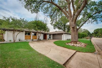 Dallas Single Family Home For Sale: 15611 Terrace Lawn Circle