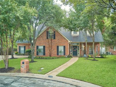 Arlington Single Family Home Active Option Contract: 6418 Scotsbluff Court