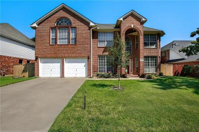 Keller Single Family Home For Sale: 1521 Creekview Drive