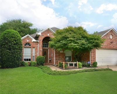 Arlington Single Family Home For Sale: 2002 Crossbow Lane