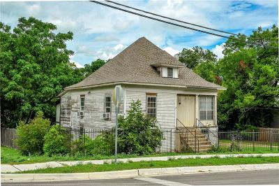 North Fort Worth Single Family Home For Sale: 720 NW 16th Street